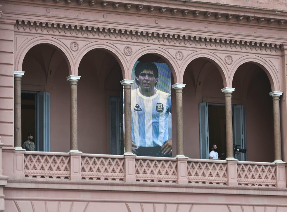 <p>Despiden a Diego Armando Maradona en la Casa Rosada, Argentina (Photo by Rodrigo Valle/Getty Images)</p>