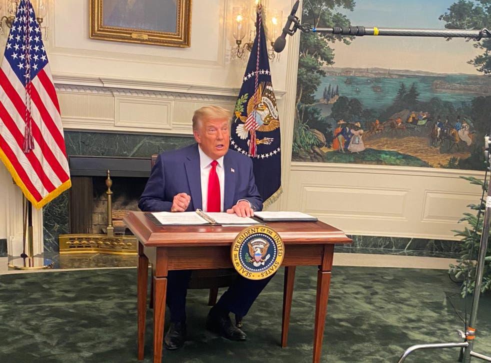 Donald Trump se dirige a las tropas de la Casa Blanca