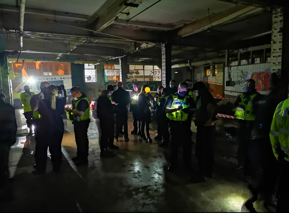 Police pelted with bottles after breaking up illegal rave in Birmingham |  The Independent