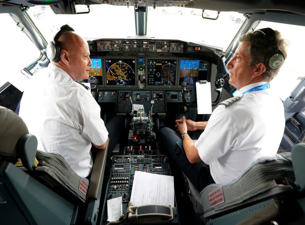 <p>Algunos familiares de las personas fallecidas durante los accidentes del Boeing Max expresaron su molestia por el retorno de este avión</p>