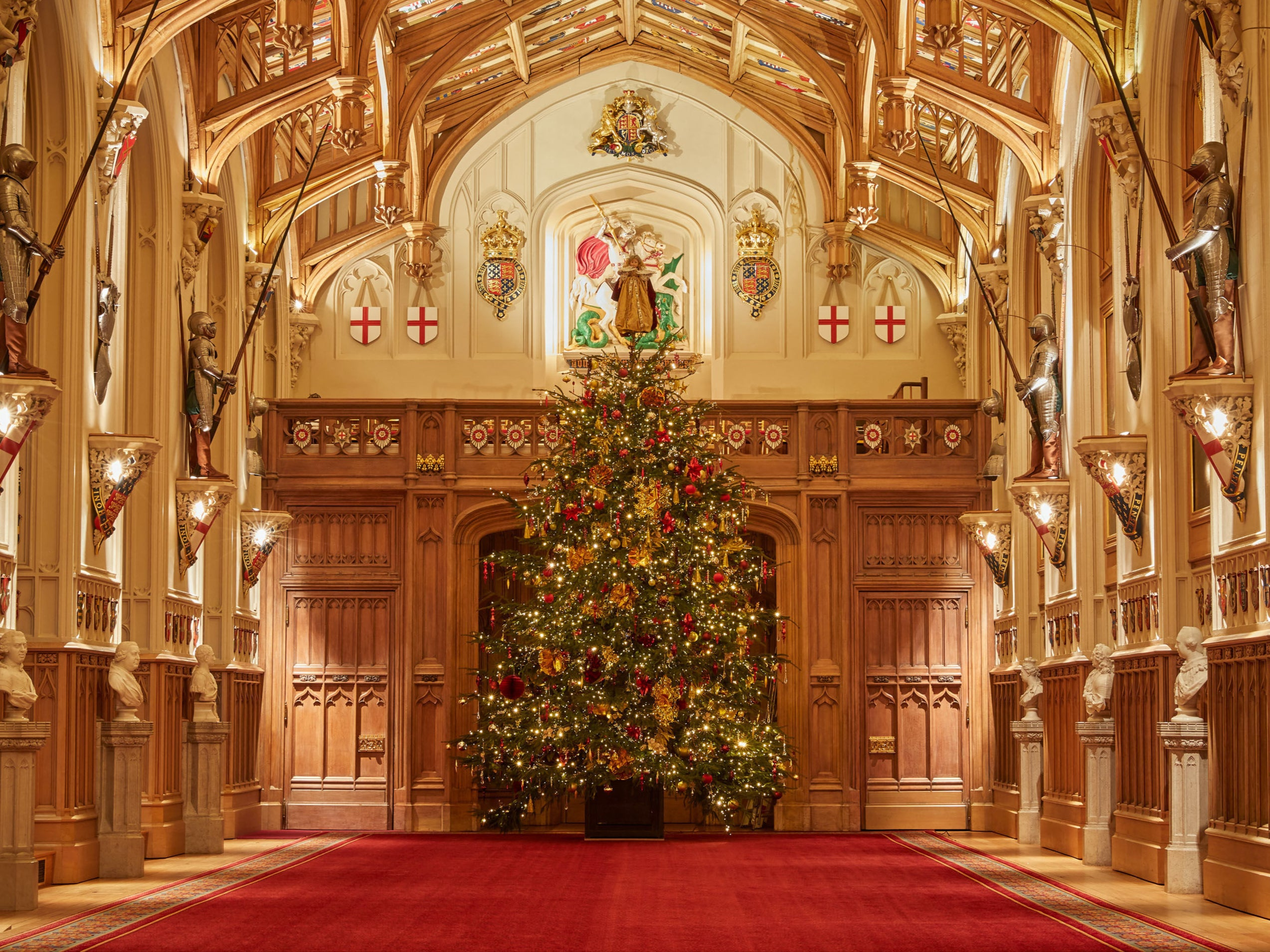 See photos of the Queen's Christmas decorations at Windsor Castle