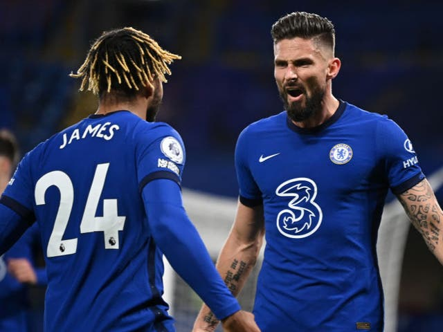 <p>Giroud celebrates with James after bringing Chelsea level</p>