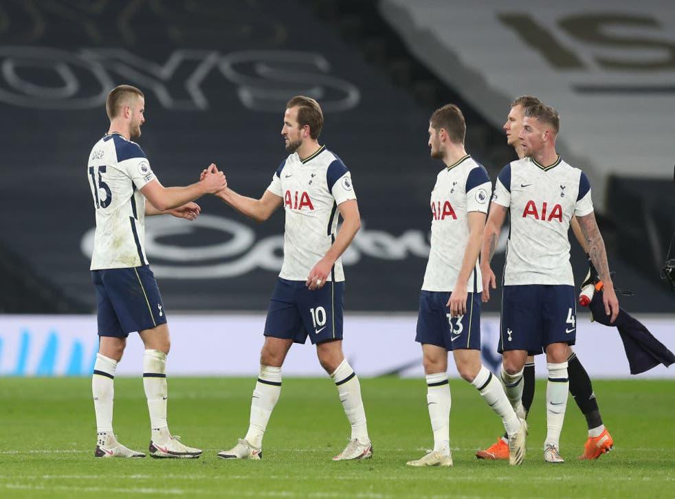 El triunfo tuvo la presencia de aficionados en el estadio de Tottenham por primera vez desde marzo.