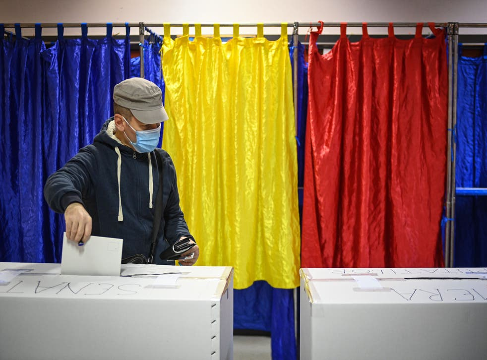 <p>Votaciones en Rumania</p>