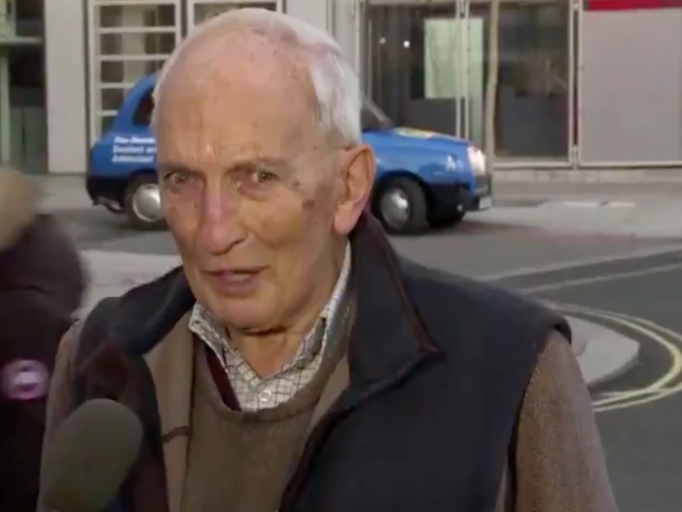 Vaccinated 91-year-old's interview with CNN goes viral