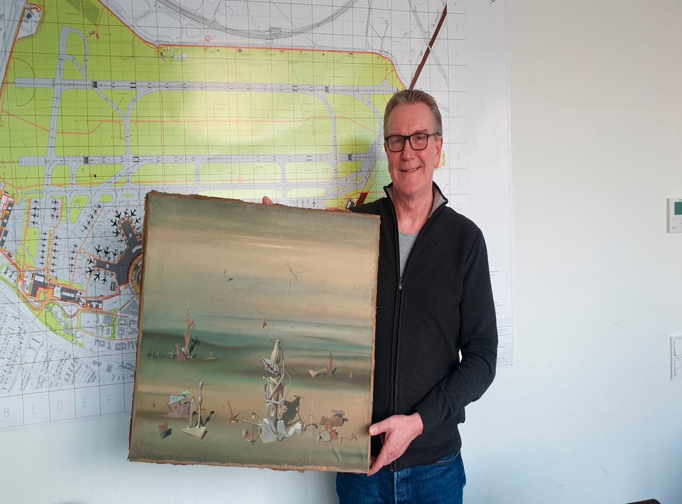 <p>A precious painting left at a German airport was found in a recycling bin</p>