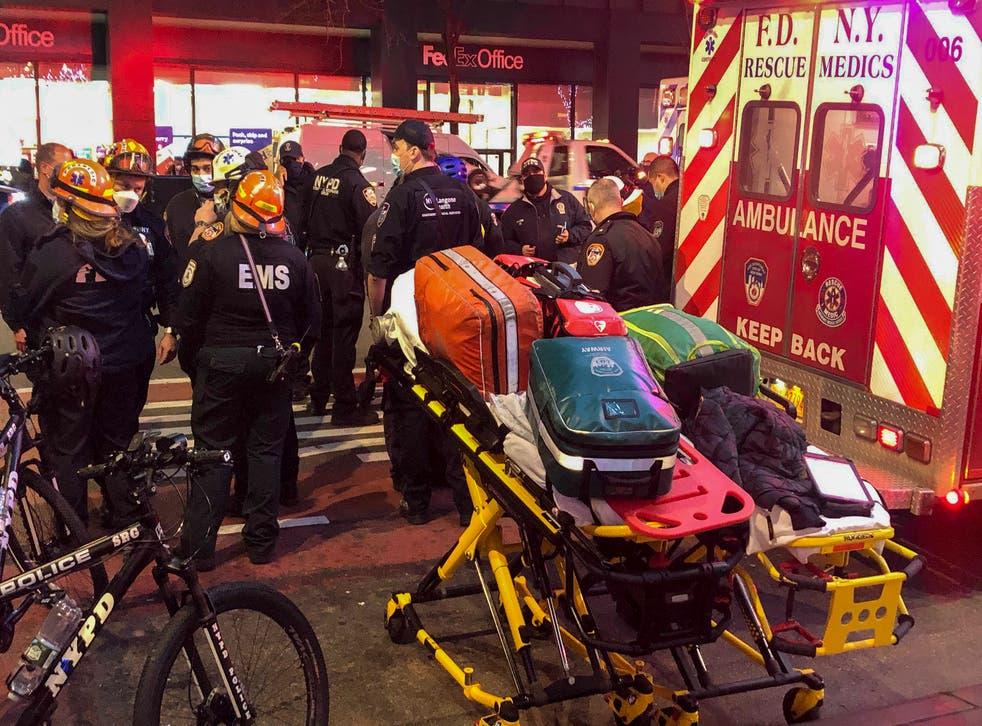 <p>Peatones que protestaban en Nueva York fueron golpeados por el vehículo.</p>
