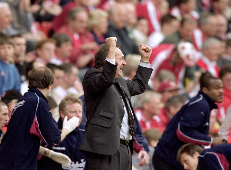 <p>Houllier celebrates during a 4-0 Liverpool win over Charlton in 2001</p>