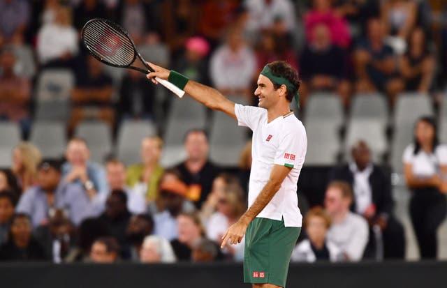 El tenista suizo se recupera de una cirugía de rodilla antes del Abierto de Australia de enero.