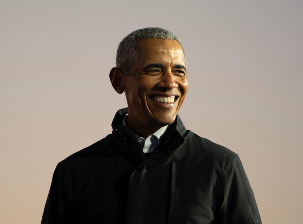 <p>Barack Obama habla durante un mitin de campaña con Joe Biden el 31 de octubre de 2020 en Detroit, Michigan</p>