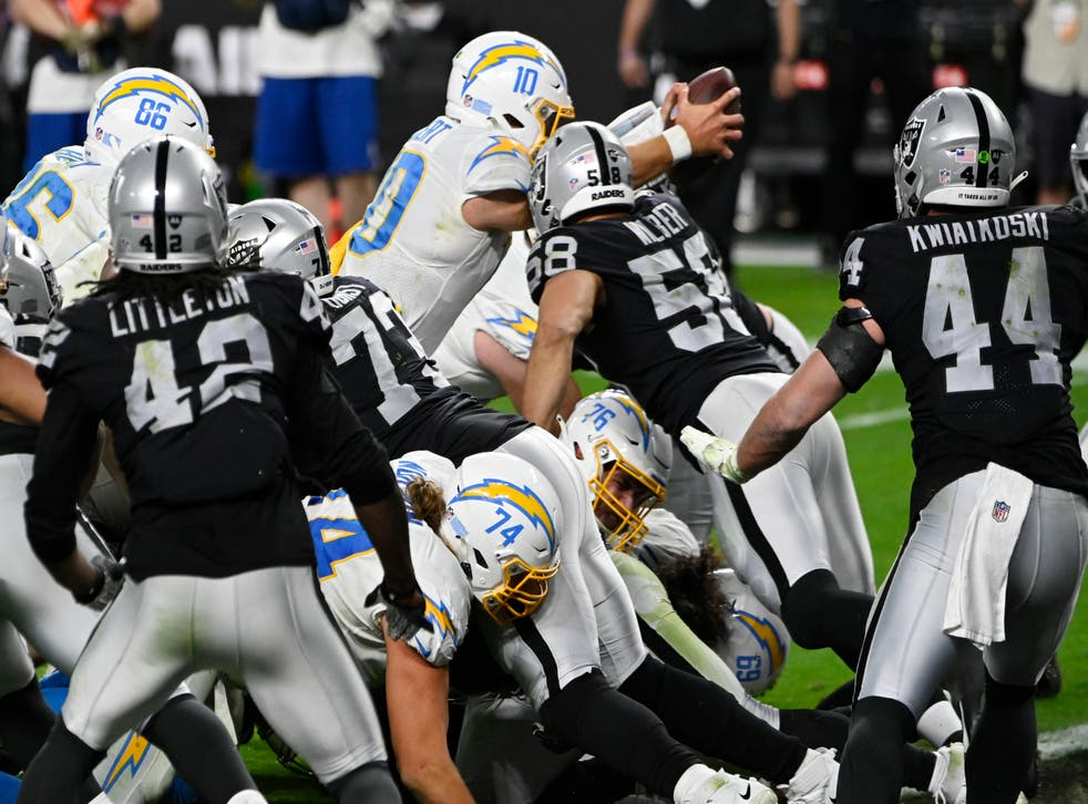 CHARGERS-RAIDERS