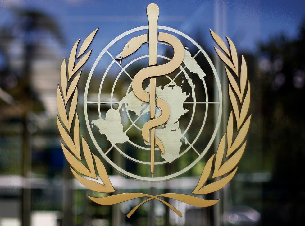 <p>ARCHIVO - En esta fotografía de archivo del 11 de junio de 2009, el logotipo de la Organización Mundial de la Salud es visto en su sede en Ginebra, Suiza.&nbsp;</p>