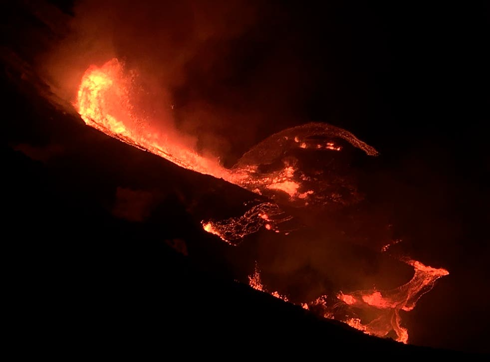 <p>Volcán Kilauea entra en erupción</p>