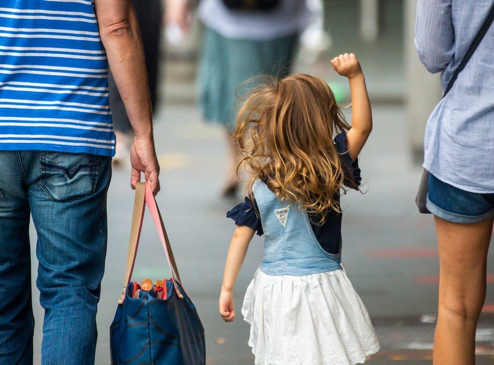 <p>Los científicos creen que la nueva cepa de coronavirus podría afectar más fácilmente a los niños.</p>