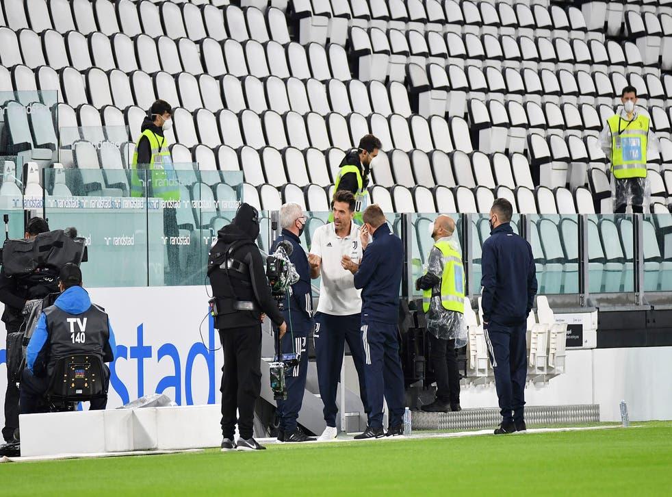 <p>Los Bianconeri se llevaron el triunfo de manera administrativa y Napoli fue sancionado con la reducción de un punto por no presentarse al juego</p>