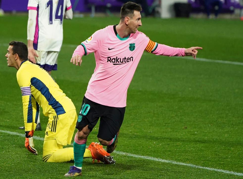 <p>El argentino festeja tras anotar el tercer tanto de su equipo ante Valladolid.</p>