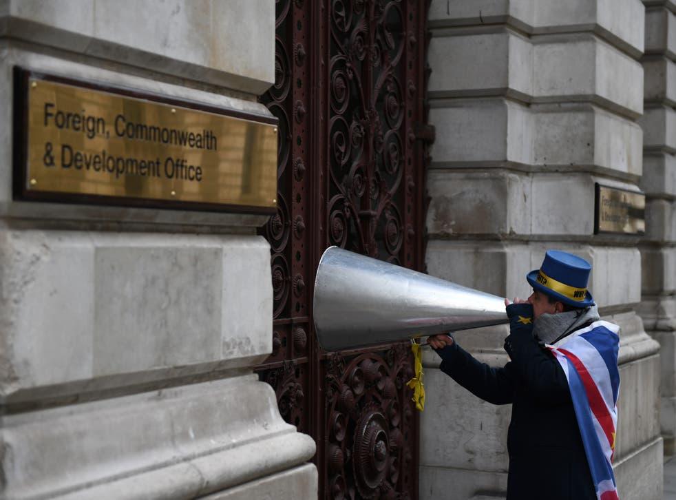 <p>El Reino Unido y la UE finalmente llegaron a un acuerdo para regular el comercio y la seguridad, sólo ocho días antes del Brexit.</p>