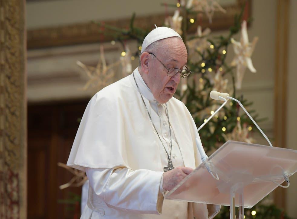 <p>El Papa Francisco hizo un enérgico llamado a pensar en los más vulnerables ante el COVID-19.</p>