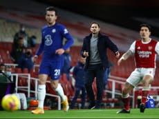 Frank Lampard carga contra sus jugadores tras derrota ante el Arsenal