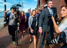 """Actriz de """"Full House"""" sale de la cárcel tras escándalo por soborno a universidades"""