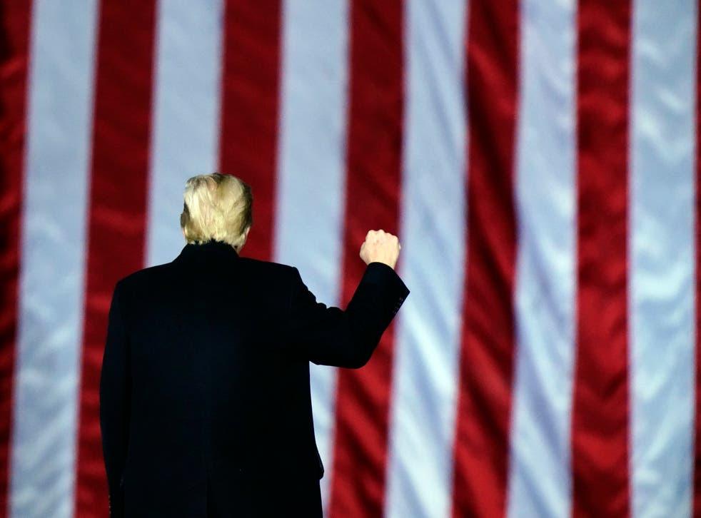 La campaña de Trump que compartió el número con 4,6 millones de seguidores en Twitter y Facebook.
