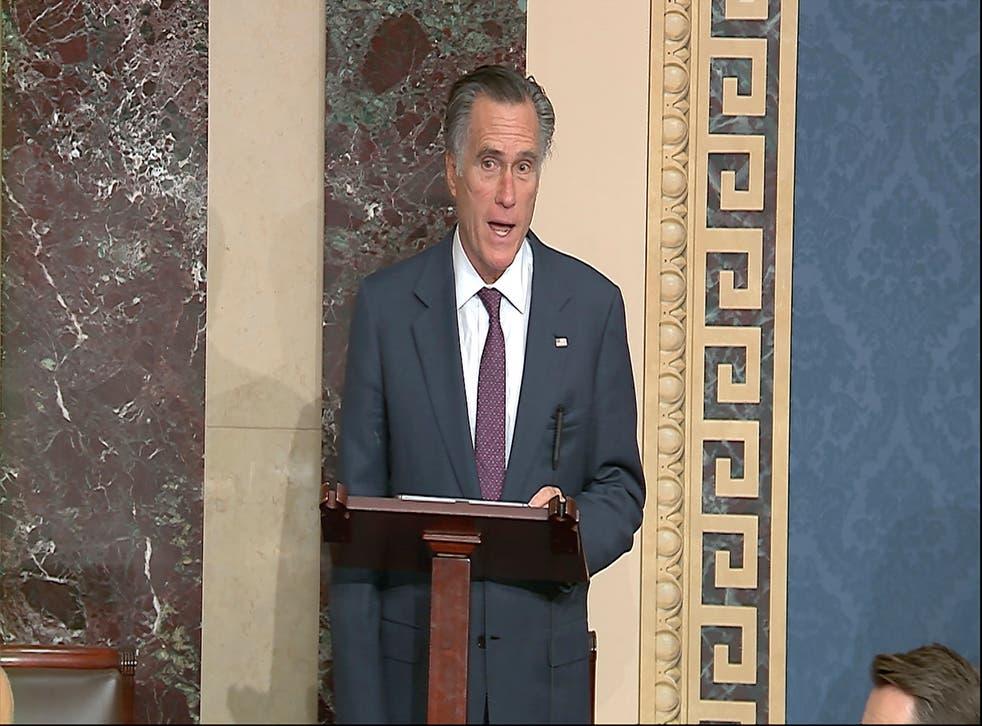 <p>Mitt Romney, senador</p>
