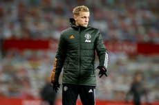 Ferdinand 'sorprendido' por la falta de minutos de Donny van de Beek