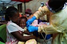 OMS creará reserva de vacunas para el ébola