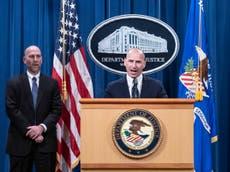 FBI tiene más de 160 casos abiertos contra alborotadores del Capitolio