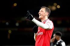 Tras paso infortunado por Arsenal, Ozil llega a Fenerbahce