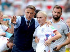 Neville leaves England Women role with immediate effect