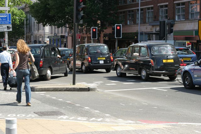 <p>Some 4,000 black taxi drivers said to be behind legal action</p>