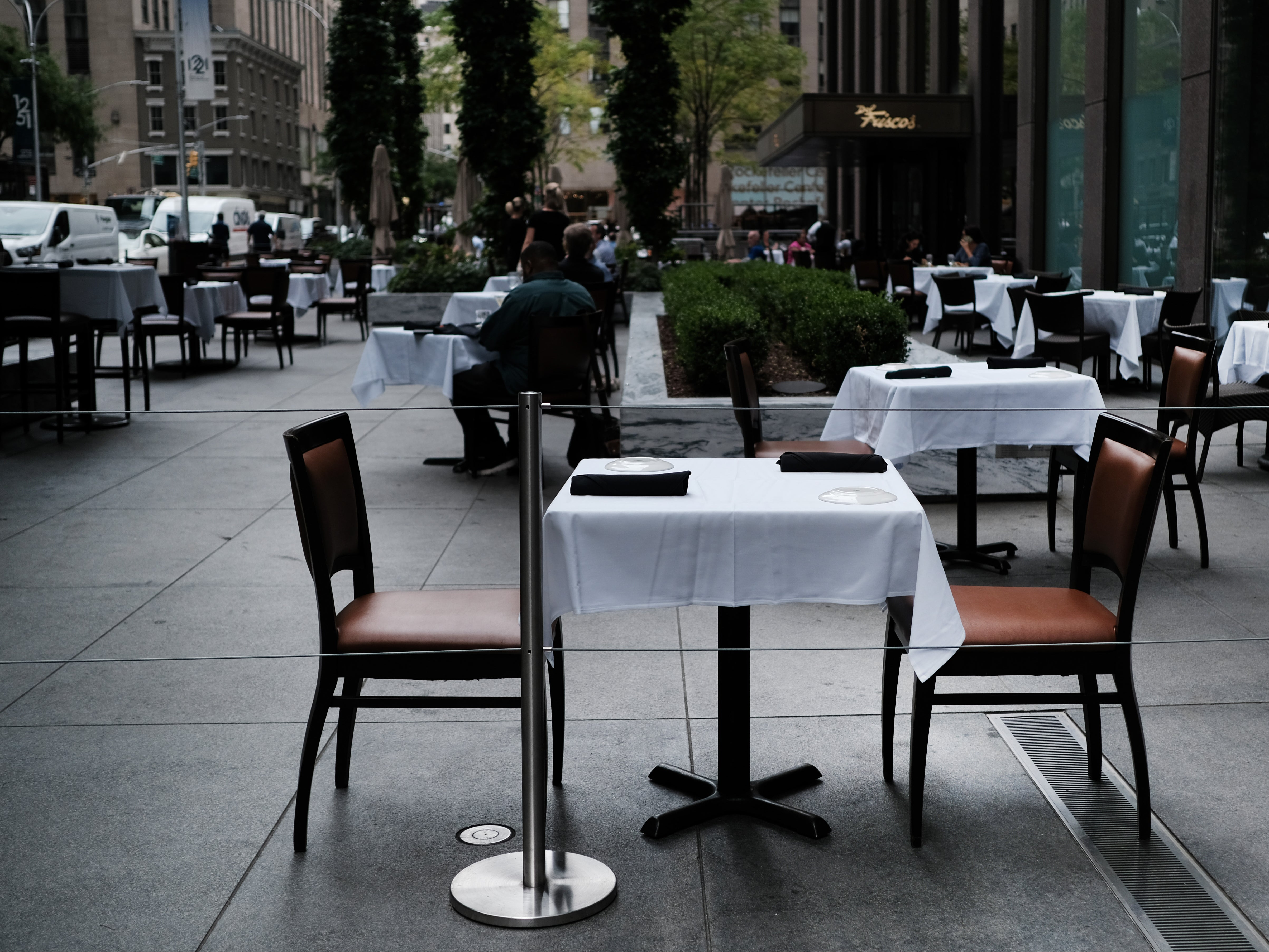 New York City's restaurant industry loses 140,000 jobs during pandemic - independent