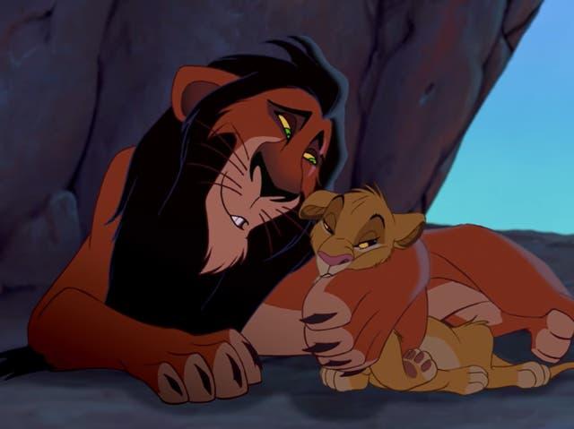 Scar y Simba en El Rey León