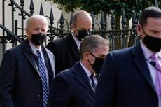 Restablecerá Biden restricciones de viaje relacionadas con COVID-19
