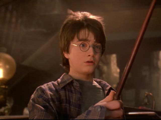 <p>Daniel Radcliffe como Harry Potter en Harry Potter y la piedra filosofal</p>