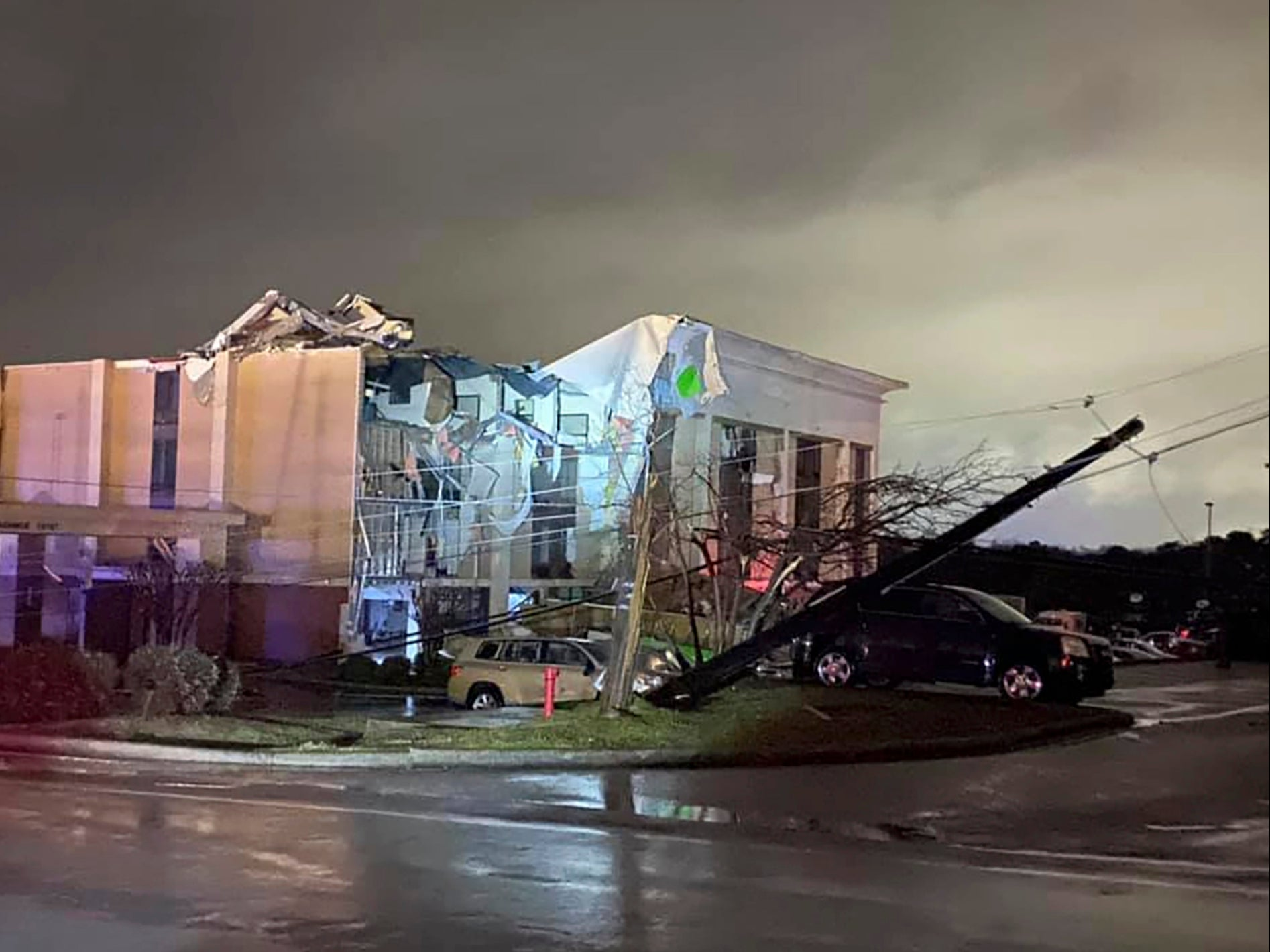 People still trapped in their homes after deadly Alabama tornado