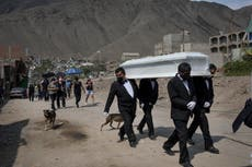 Perú: Muere de COVID voluntaria que recibió vacuna placebo