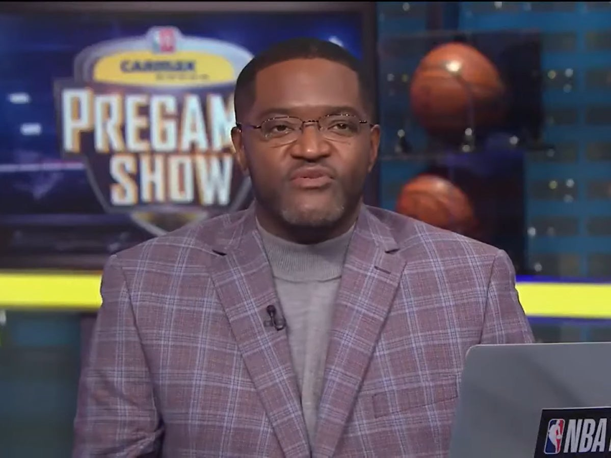 NBA reporter Sekou Smith dies aged 48 'of Covid complications'