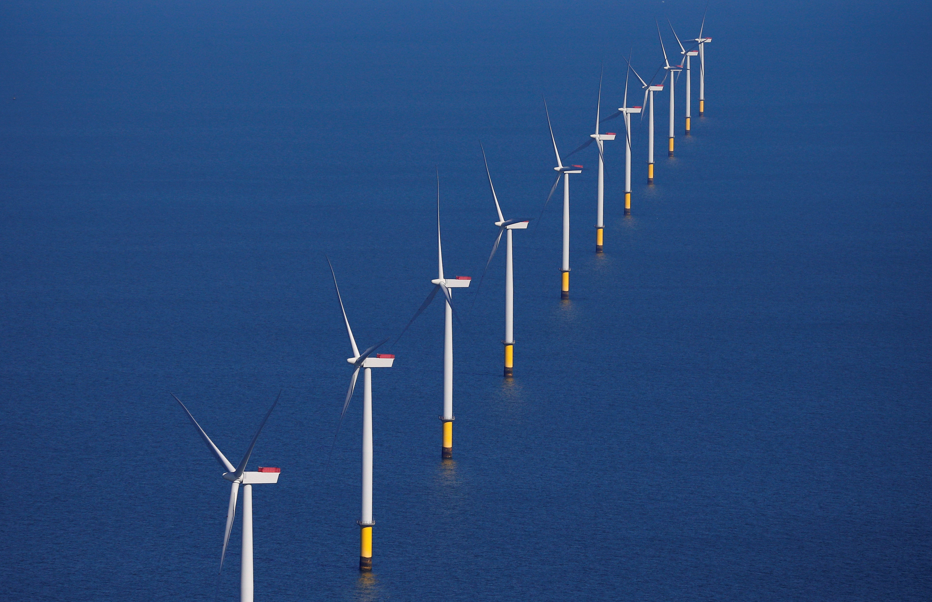 Renewable power overtakes fossil fuels for first time in UK in 2020