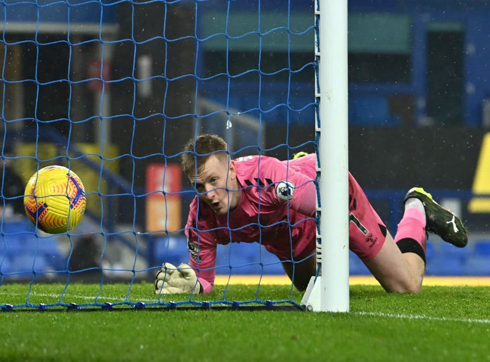 <p>Jordan Pickford's error proved costly for Everton</p>