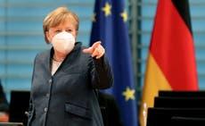 """Angela Merkel asegura que Alemania superó """"cresta de la segunda ola"""" de contagios; pide paciencia"""
