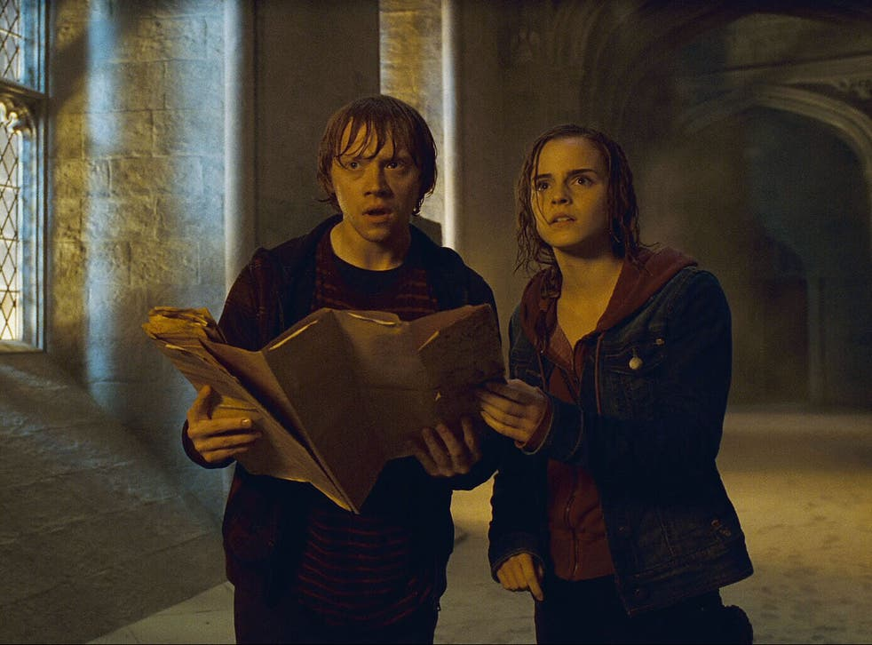 Rupert Grint and Emma Watson in Harry Potter and the Deathly Hallows, part 2