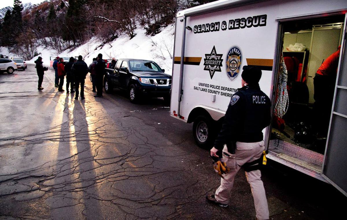 4 skiers killed, 4 injured by Utah avalanche, police say