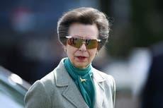 La princesa Ana de Inglaterra sorprende a las redes sociales al mostrar el interior de su modesta casa