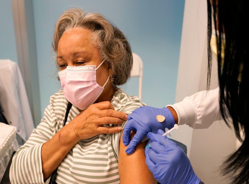 Virus Outbreak Vaccinating Floridas Seniors
