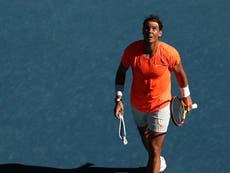 """Abierto de Australia 2021: Rafael Nadal """"sobrevive"""" en medio de temores de lesiones para llegar a segunda ronda"""