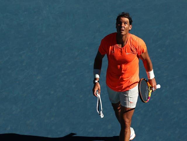 <p>MELBOURNE, AUSTRALIA - 9 DE FEBRERO: Rafael Nadal de España reacciona después de la victoria en su partido de primera ronda de individuales masculinos contra Laslo Djere de Serbia durante el segundo día del Abierto de Australia 2021 en Melbourne Park el 9 de febrero de 2021 en Melbourne, Australia. </p>