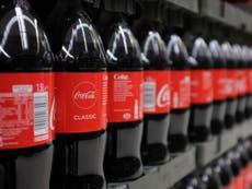 Coca-Cola dice que venderá refrescos en botellas 100% recicladas en Estados Unidos