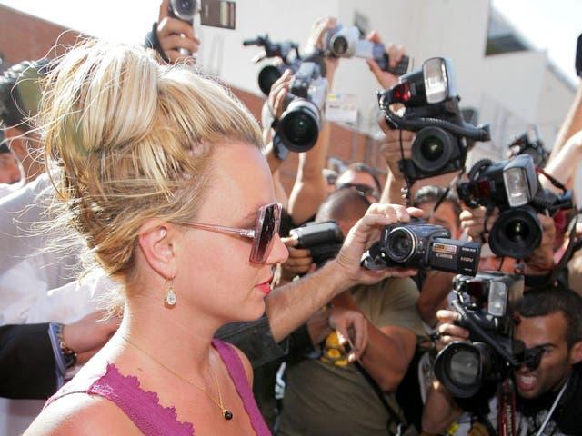 <p>El movimiento #FreeBritney, un esfuerzo por abogar por la liberación de Britney de una tutela que controla su padre, no es nuevo</p>